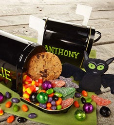 31545z Halloween Treat Filled Mailbox